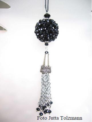Kugel aus 90 Perlen